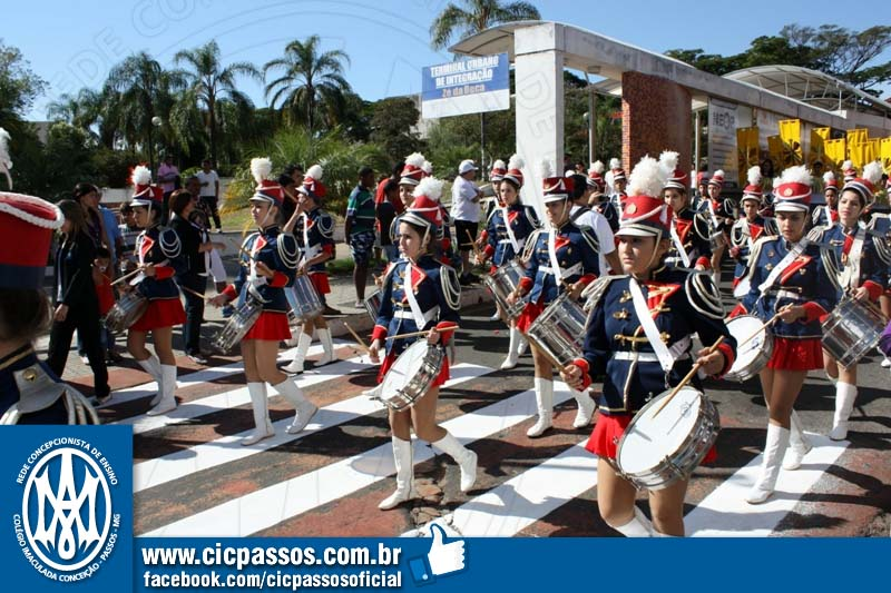 Você está vendo imagens do artigo: Desfile: 14 de maio, aniversário de Passos