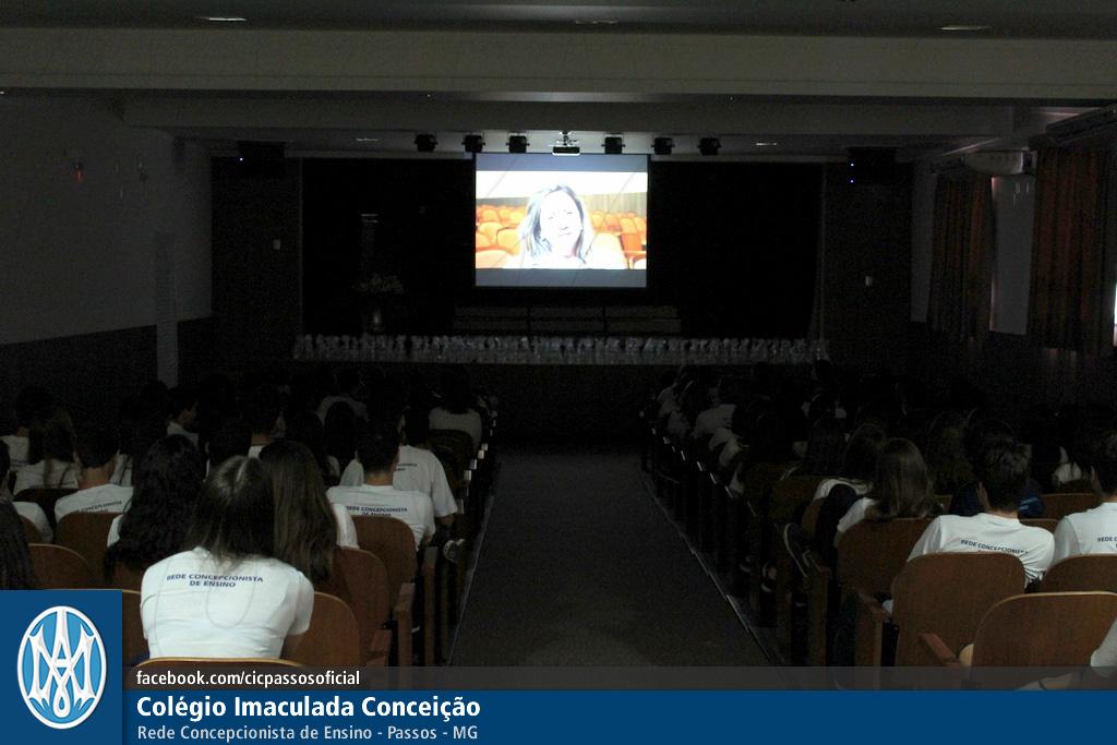 Você está vendo imagens do artigo: Ensino Médio: momento ENEM