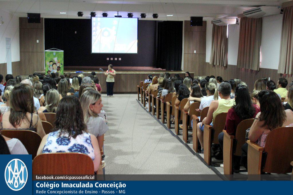 Você está vendo imagens do artigo: Reunião de Pais: abertura do ano letivo 2018